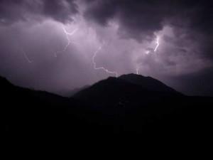 La nature est forte, parfois trop forte ! dans Randonnées temp_te-300x225